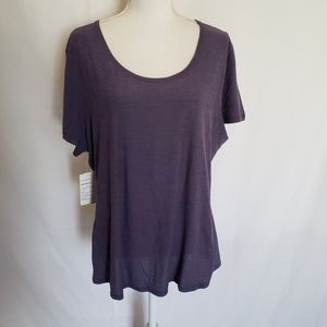 NWT Old Navy Active top. Size XXL